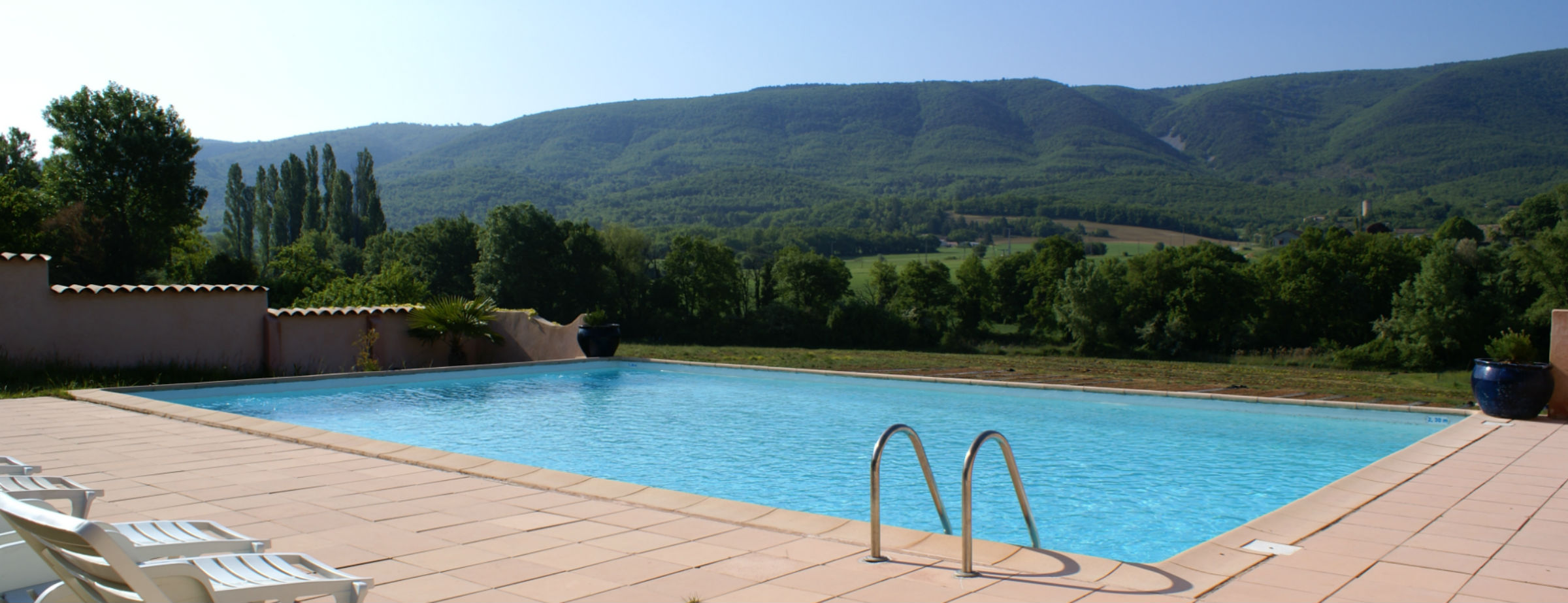 luberon view jdv holidays south of france