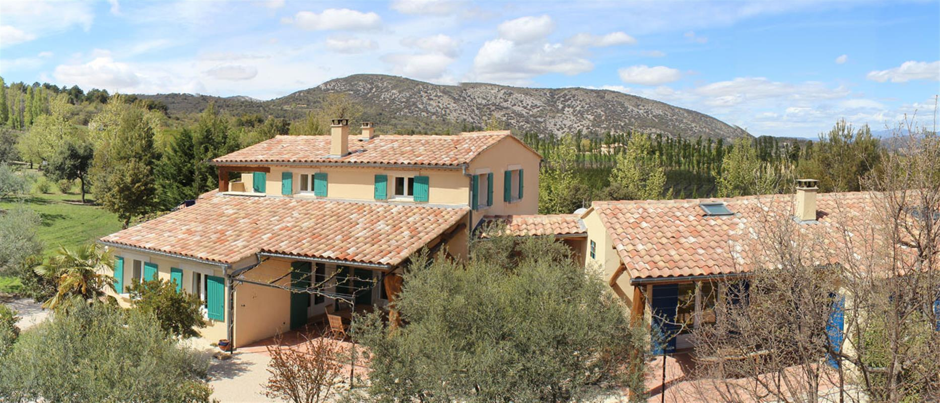 villa st aimee mont ventoux provence jdv holidays south of france