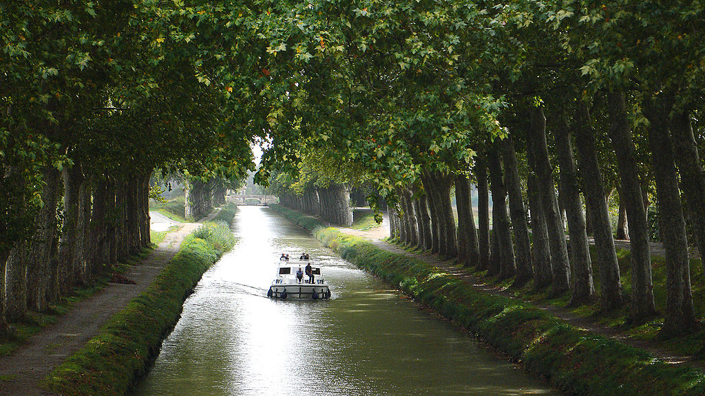 Canal du Midi in Languedoc Rousillon JDV